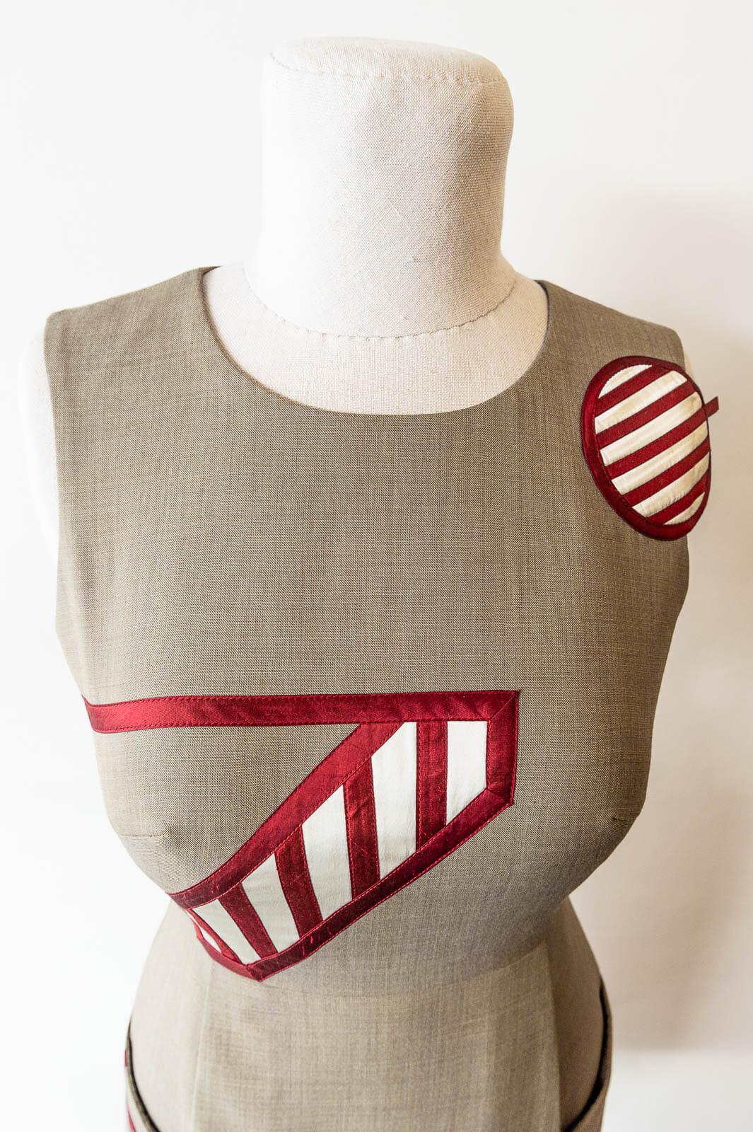 Dress 10 4