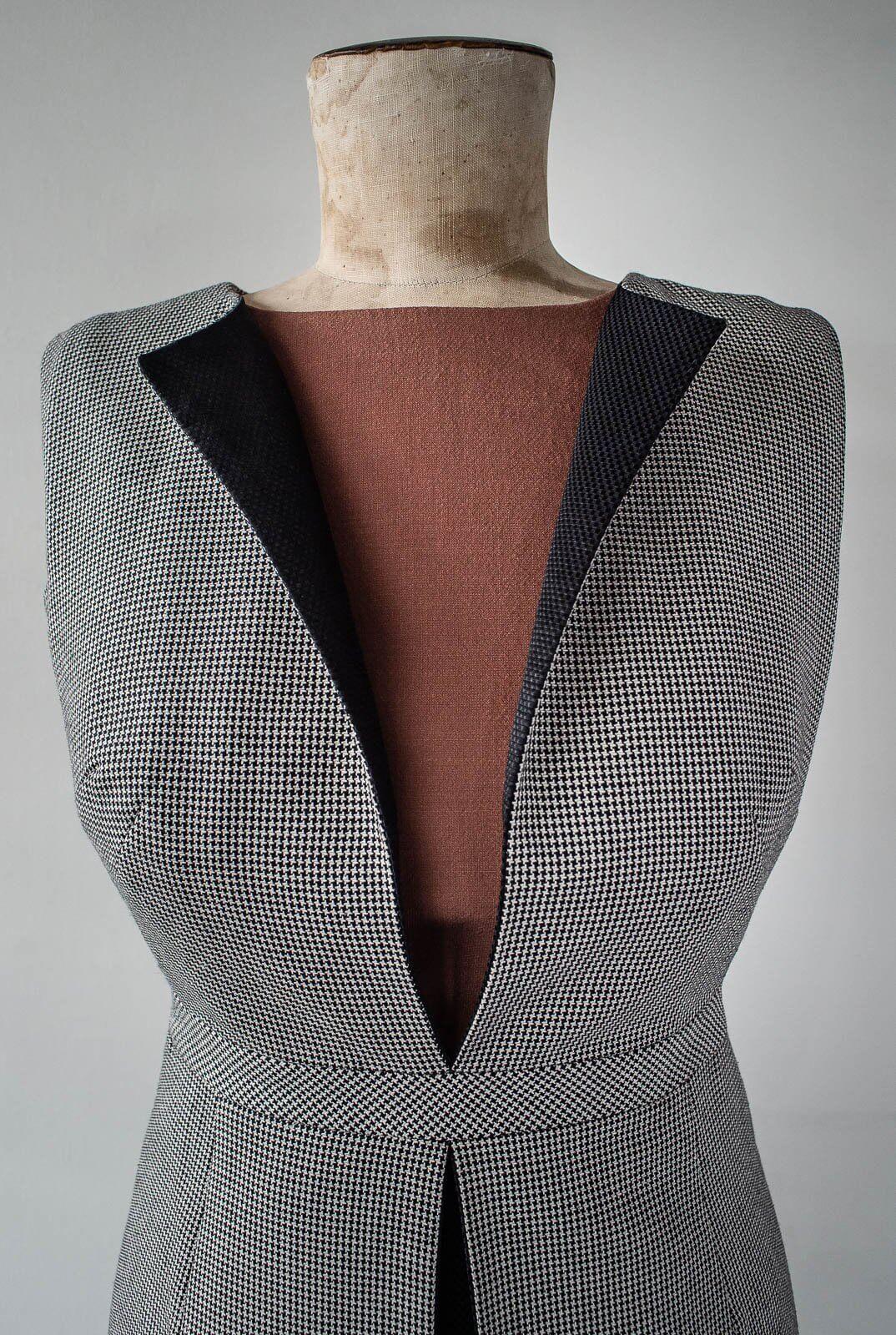 Dress 2 4